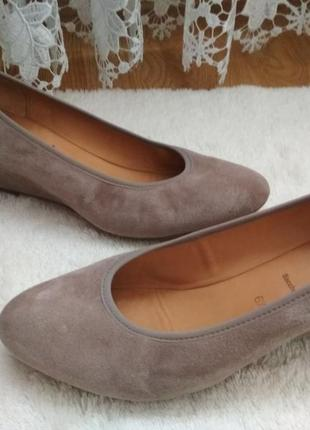 Мега удобные замшевые туфли gabor 39-40р