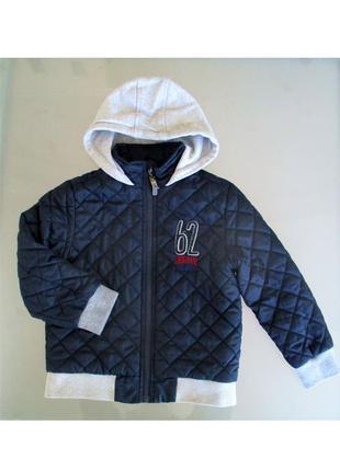 Клевая демисезонная куртка 110р