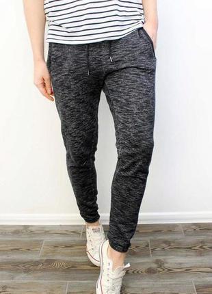 Суперовые трикотажные спортивные штаны серый меланж высокая посадка jessica c&a