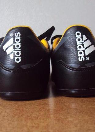 Отличные бутсы adidas оригинал!  размер 36