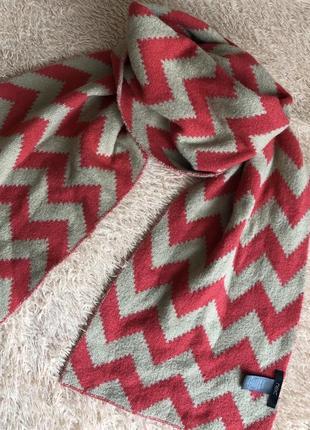 Стильный теплый шарф next
