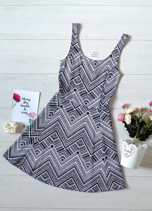 Красиве плаття в орнамент h&m