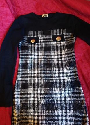 Платье теплое вязаное