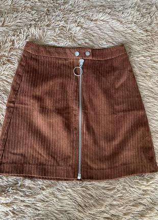 Вельветовая коричневая юбка stradivarius