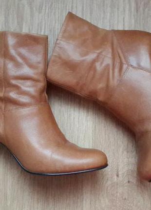 Брендовые ботиночки с натуральной кожи 38-39 размер