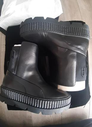 Ботинки сапоги чоботи