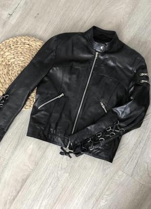 Полностью натуральная кожанная курточка авиаторка косуха