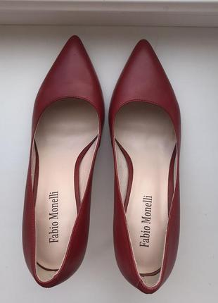 Продам кожаные туфли fabio monelli