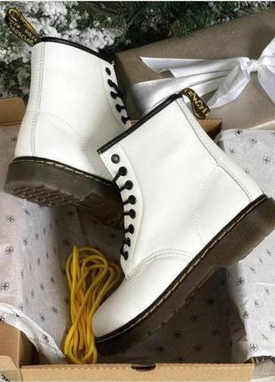 Dr. martens берцы/ботинки мартинсы; женские; белые; кожаные; зимние