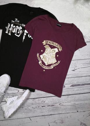 Бордовая футболка от гарри поттер