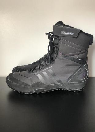 Спортивні чобітки , ботінки adidas