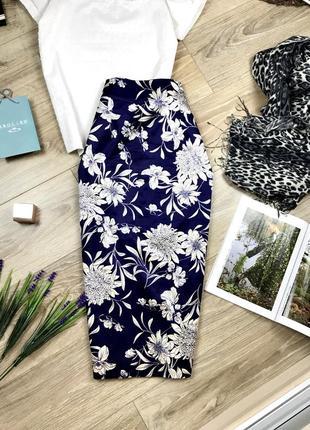 Zara эффектная миди юбка карандаш с разрезом сзади и в цветочный принт 🔥