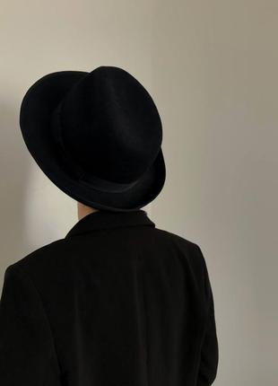 Крутая классическая чёрная шляпа