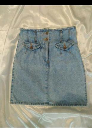 Модная джинсовая юбка.
