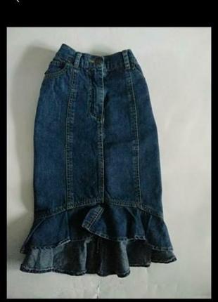 Модная  джинсовая юбка с хвостом.