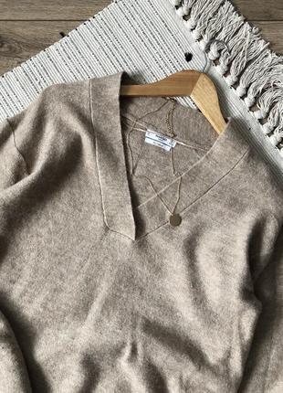 Шикарний светр від mango