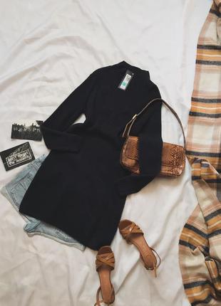 Темно синие вязаное платье в составе 50% шерсть мериноса