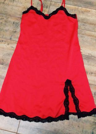 Красная ночнушка бренда avant premier.