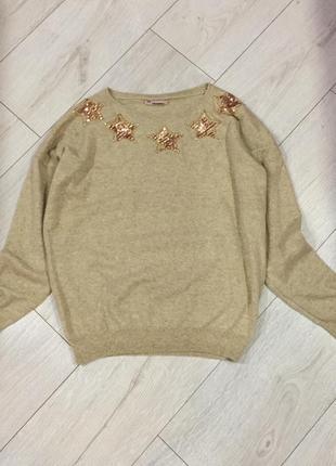 Фирменный свитер с камнями и пайетками от tiramisu