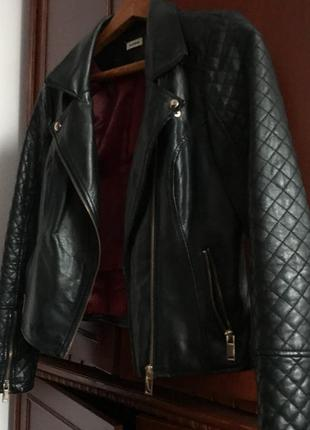 Косуха, кожаная чёрная куртка весна очень pimkie, под zara