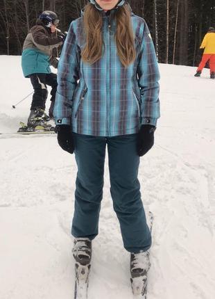 Лыжный костюм/ лижний костюм