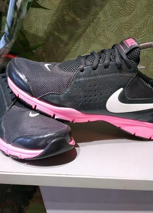 Nike кроссовки оригинал с германии 40р