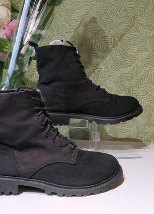 Женские замшевые  демисезонные ботинки 39р  divided