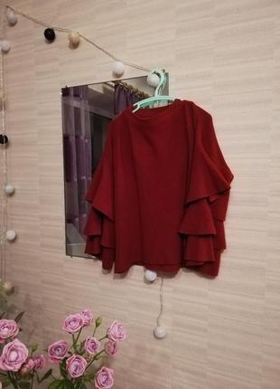 Кофточка с воланами бордового цвета