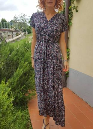 Милейшее итальянское платье цветочная нежность, длина в пол