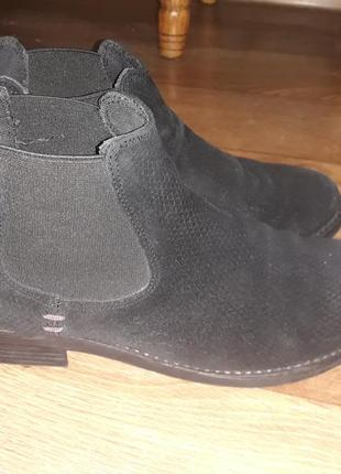 Шикарные замшевые ботиночки s.oliver на низком ходу! размер  38.