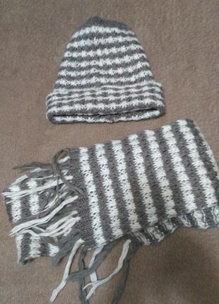 Набор (шапка, шарф)