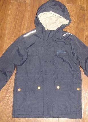 Фирменная regatta стильная деми куртка мальчику 5-6 лет в идеале