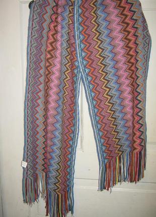 Красивый большой  разноцветный шарф шаль  на весну орнамент полоска зигзаг бахрома classic