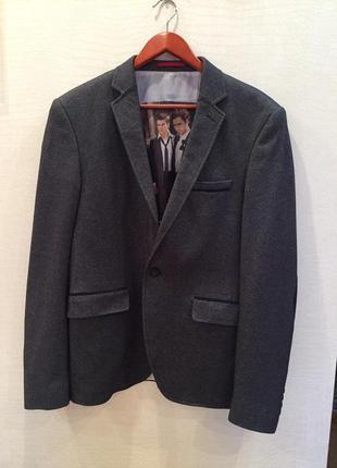 Мужской пиджак с замшевыми вставками на локтях emporio armani