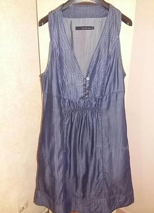 Бомбезное джинсовое платье сарафан 40 размер.