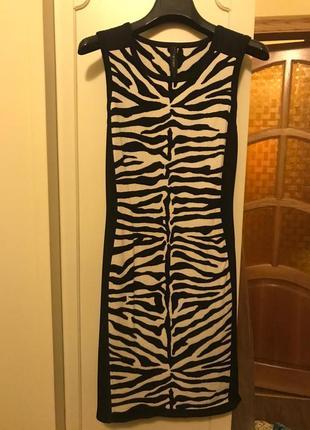 Супер платье известного бренда