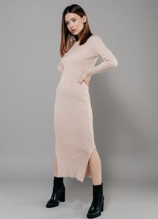 Длинное вязаное платье гольф лапша