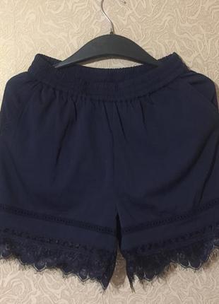 Новые фирменные шорты с кружевом vero moda, размер s
