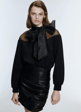 Новый чёрный свитер с бантом zara