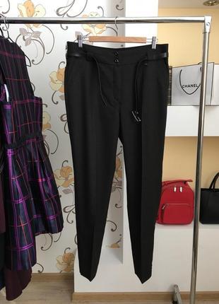 Стильные , классические брюки в мелкую клеточку( есть размеры )