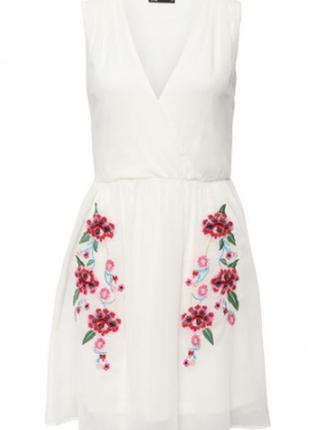 Вечернее / летнее платье с вышивкой