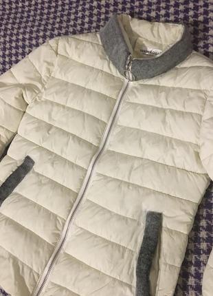 Стильная теплая куртка пуховик, бомбер
