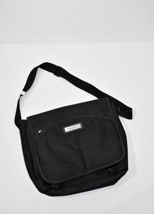 Мужская черная текстильная сумка для ноутбука bugatti. код 220.
