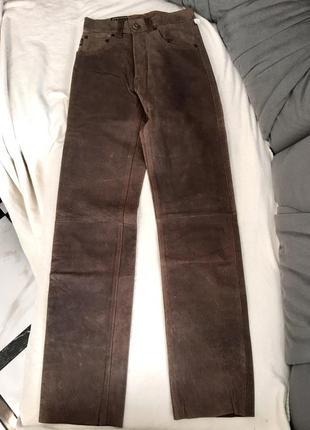 Кожаные штаны {темно-коричневые}