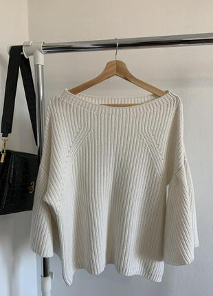 Белый свитер george с воланами на рукавах