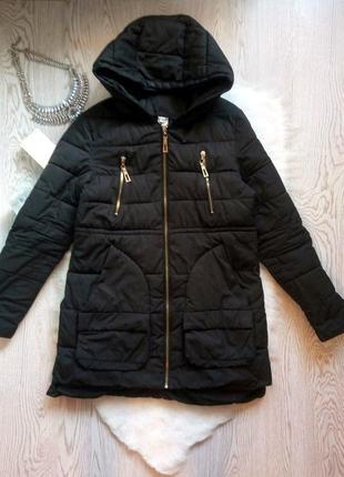 Черная зимняя куртка пуховик накладными карманами пальто теплое короткая длинная деми