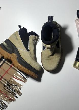 Крутые ботинки  натуральная замша размер 36,можно 37