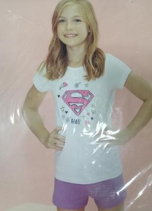 Костюм шорты и футболка super girl.