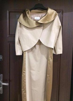 Шикарное платье золотого цвета фирмы monica ricci