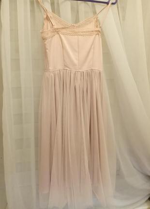 Очень красивое, нарядное платье, юбка из фатина